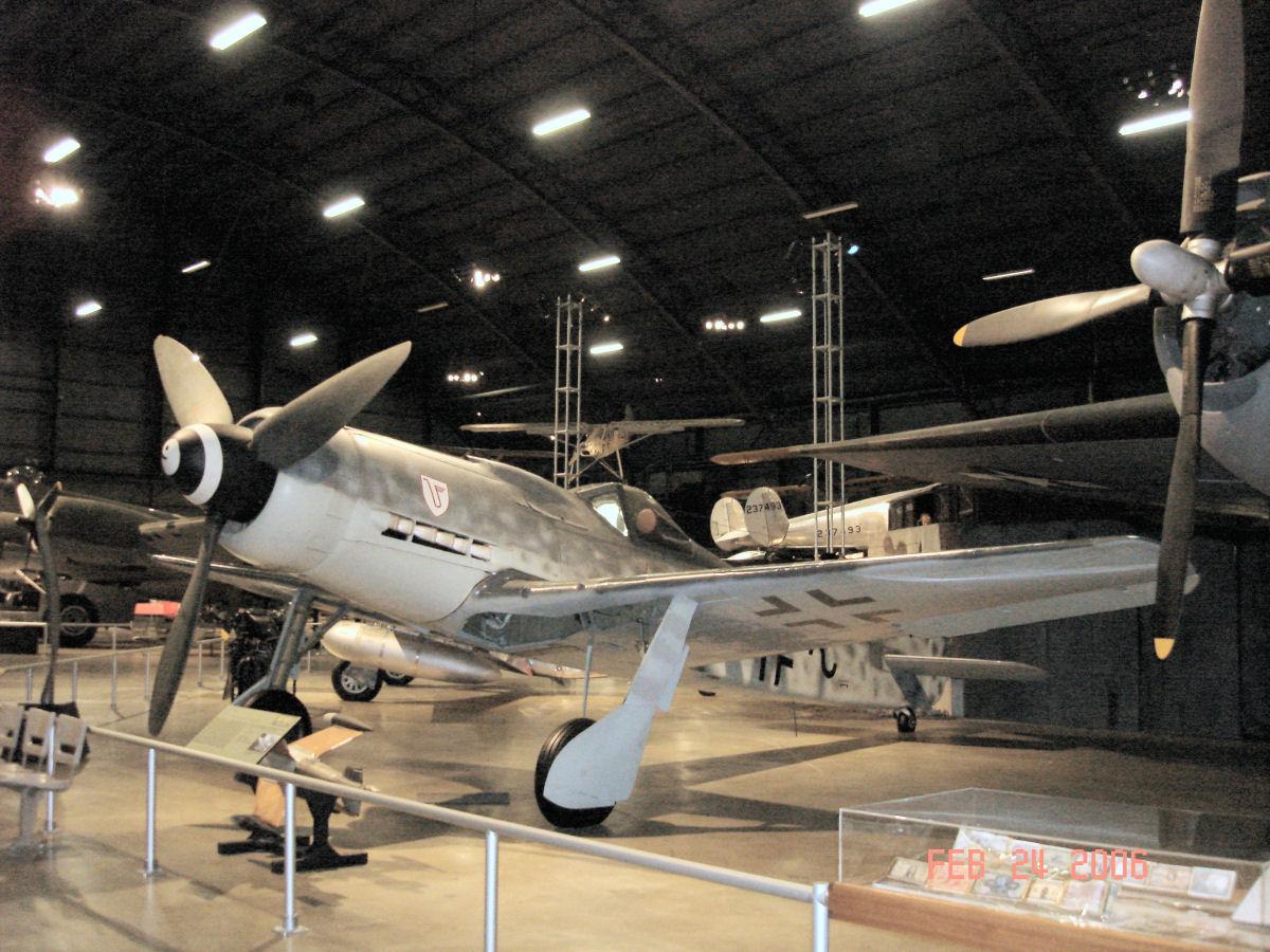 Focke Wulf Fw 190D-9 Photo Walk Around