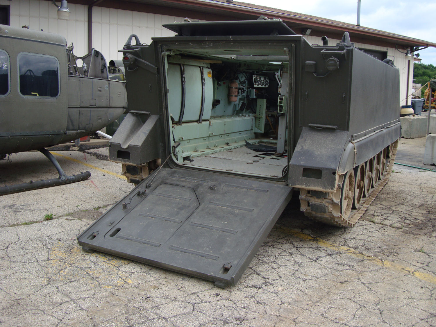 M113a1 For Sale >> M113 Apc For Sale | Upcomingcarshq.com