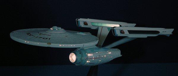 Bandai 916192 1 850 USS Enterprise NCC 1701 Build Review