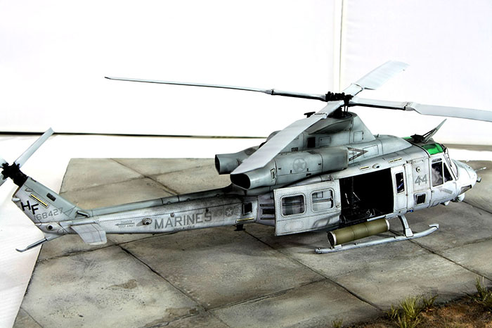 Kitty Hawk Models 80124 1/48 UH-1Y Venom Photo Feature