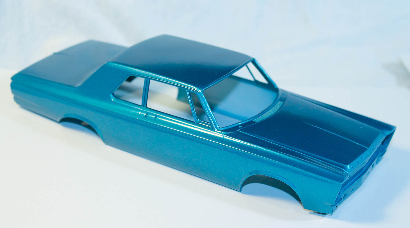 Moebius models 1218 1 25 1965 plymouth belvedere build image 03