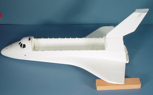how to make space shuttle challenger model