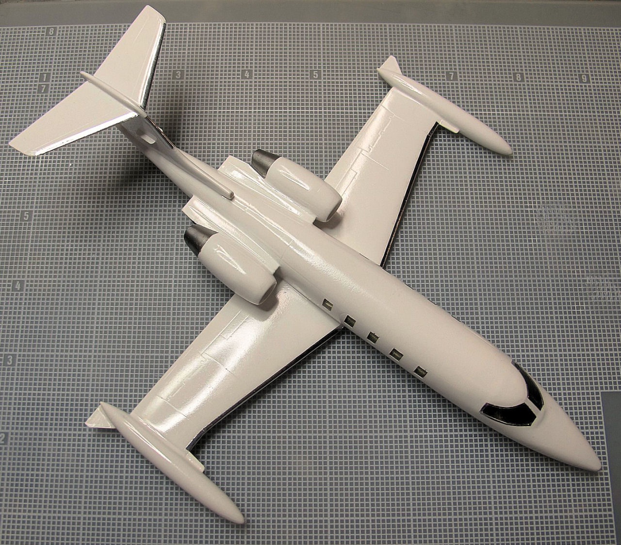 RVHP 72200 1/72 C-21A Learjet Model 35 USAF Build Review