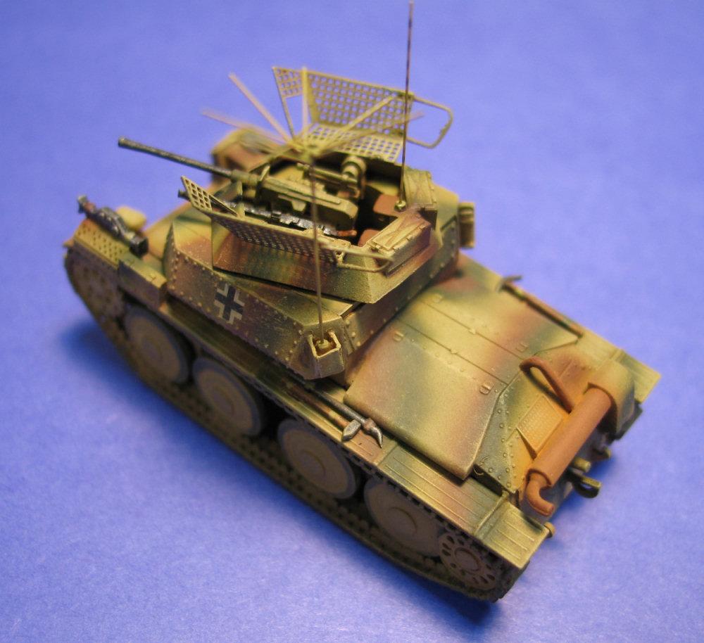 German Anti-aircraft Tank Sd.Kfz.140 1//72 Scale Plastic Model Kit UniModel 348