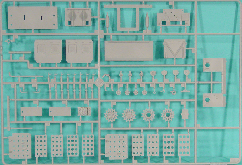 Hobby Boss 82408 1 35 M4 High Speed Tractor Kit First Look