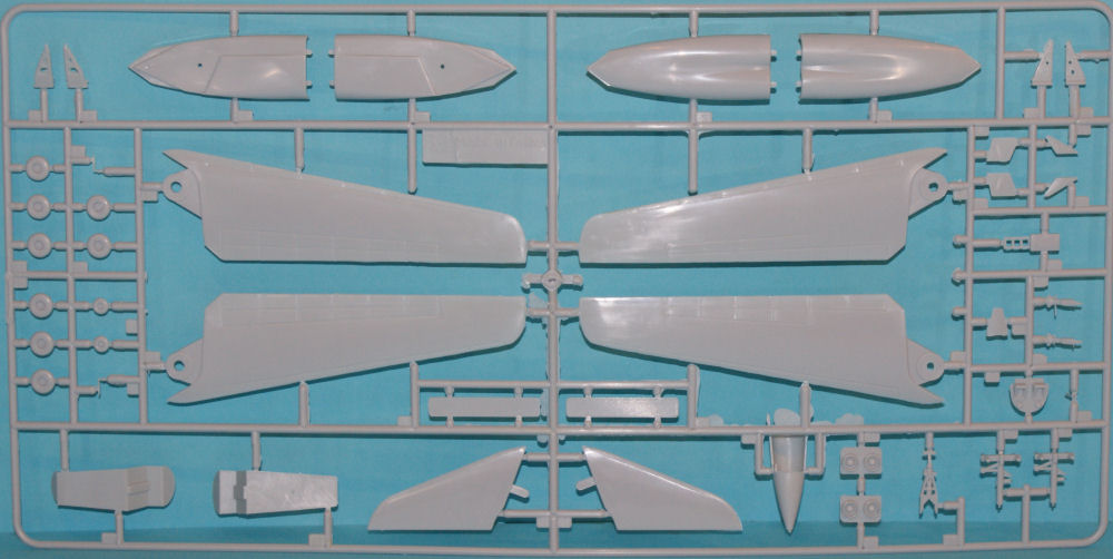 Minicraft 14595 1/144 B-1A Bomber Kit First Look