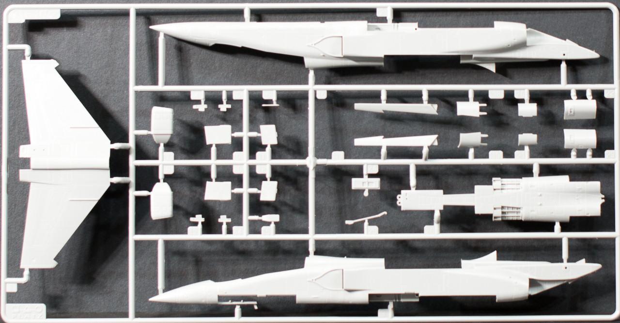 Platz AC-9 1/72 Mitsubishi F-1 JASDF Parts Image 01