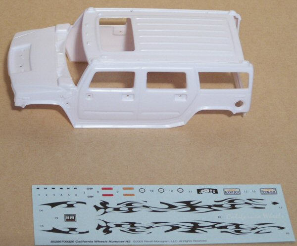Revell 85-2867 1/25 Hummer H2 California Wheels Kit First Look