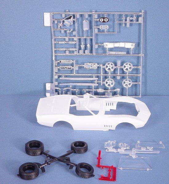 http://www.cybermodeler.com/hobby/kits/rm/images/rm_vette71_parts1.jpg