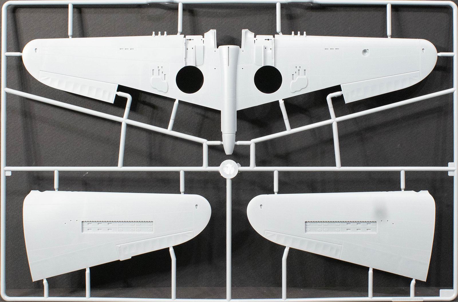 Trumpeter 1:32 P-40F War Hawk