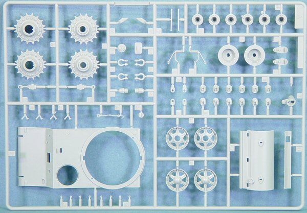 Trumpeter 00312 1 35 Kv 2 Kit First Look
