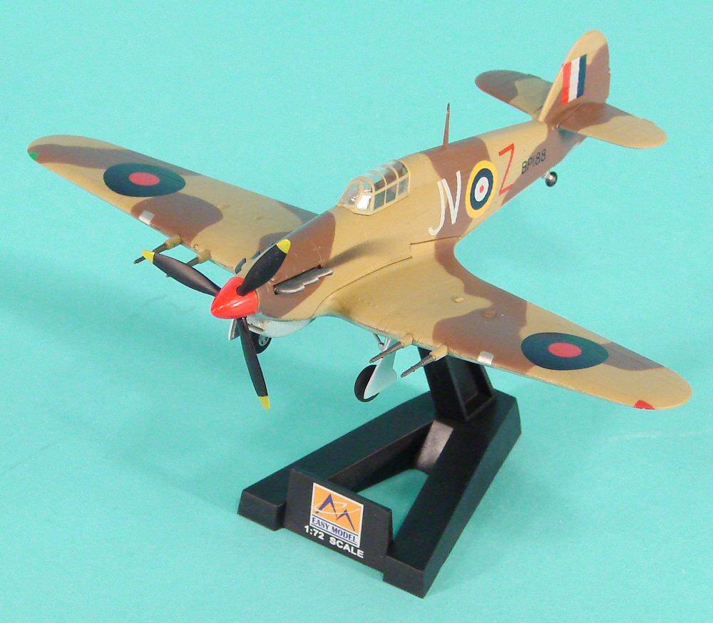 Easy Model 37269 Hawker Hurricane Mk II Trop 6 Squadron in 1:72