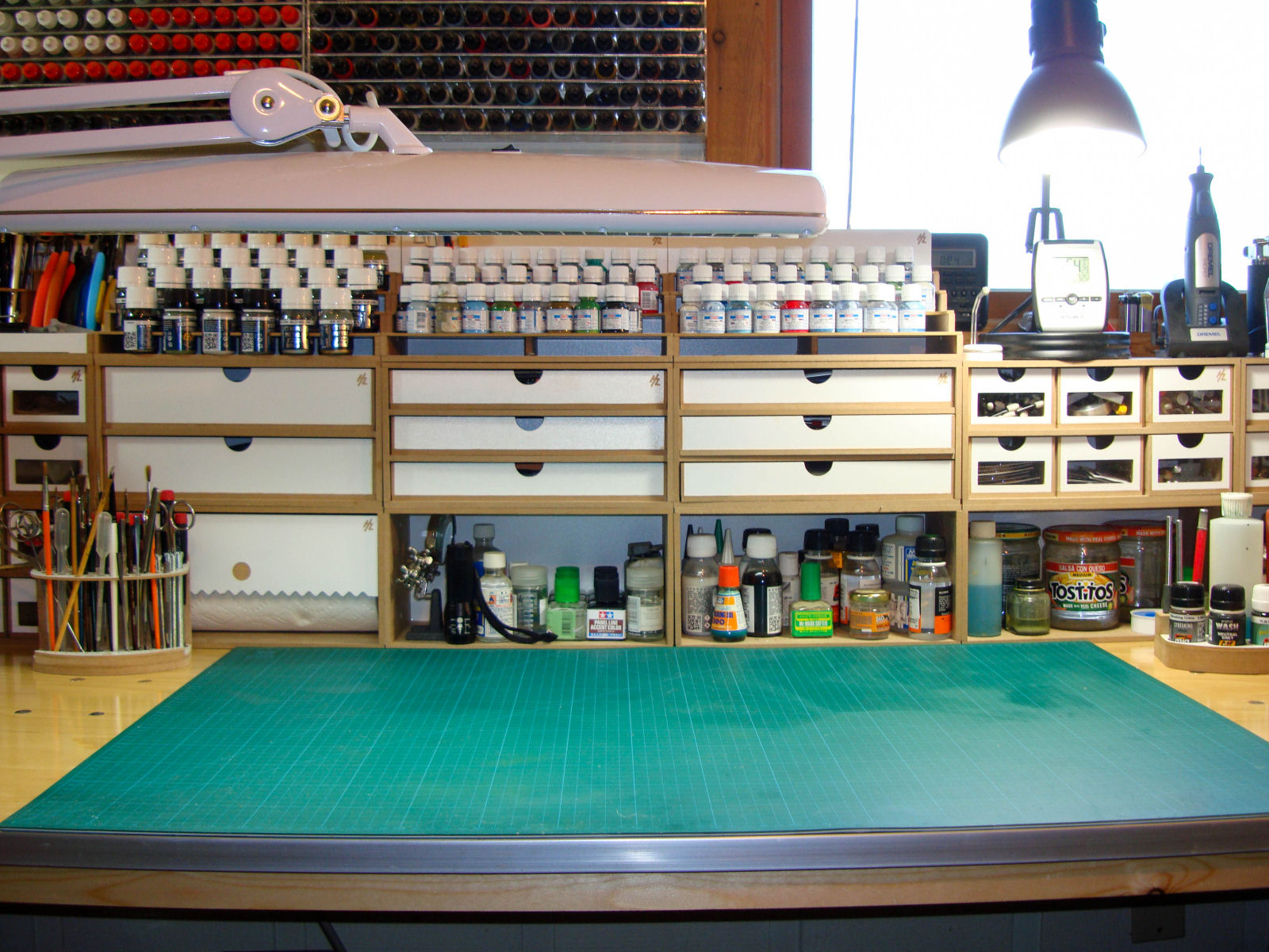 Workbench 3 0 hobbyzone modular workshop system review for Scale room planner