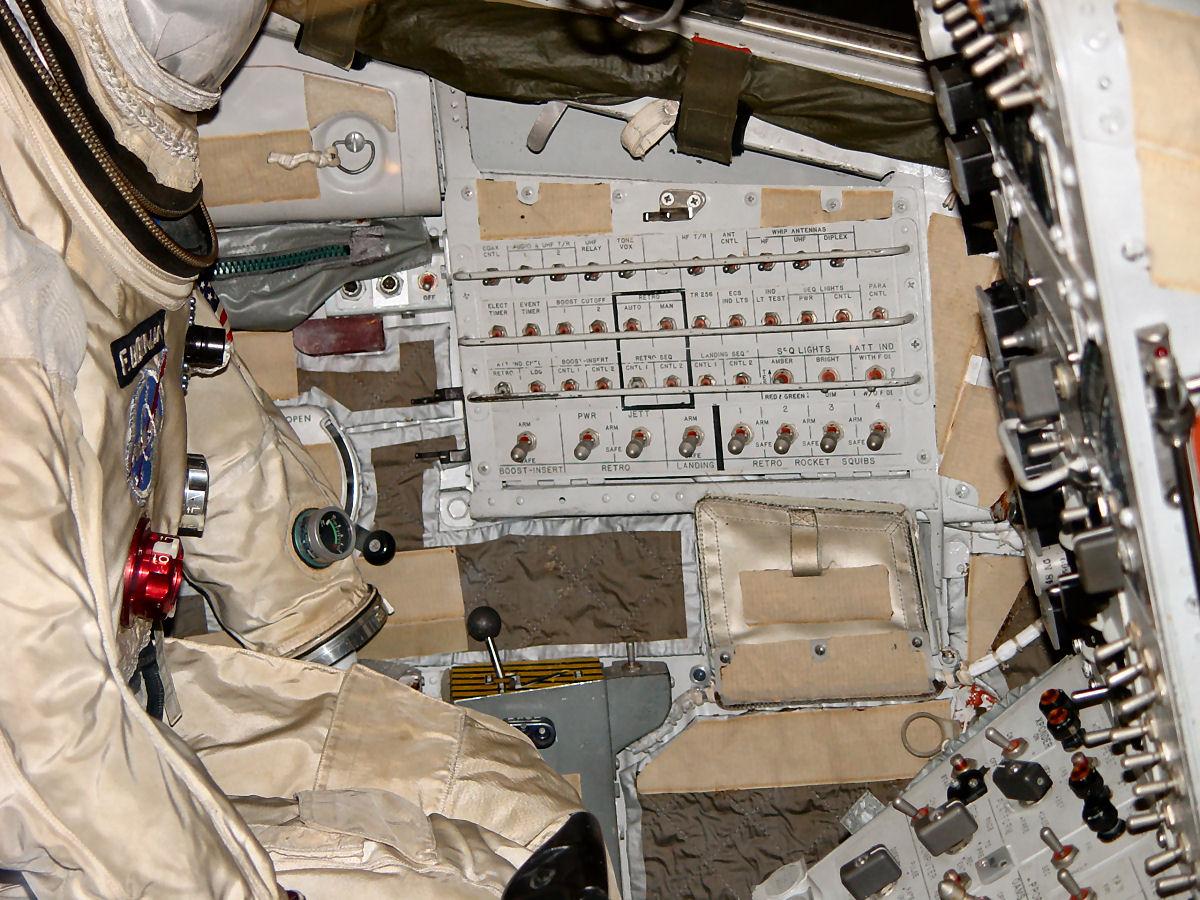 gemini spacecraft cockpit - photo #17